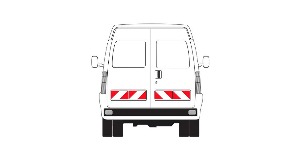 5-fahrzeug-rueckansicht-markierung