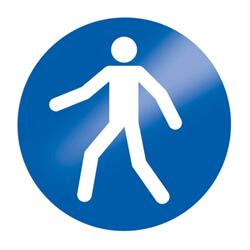 Fußgänger erlaubt